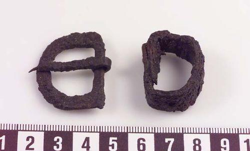 Bilden http://www.historiska.se/data/?bild=28737 som visar objektet http://mis.historiska.se/mis/sok/fid.asp?fid=107489