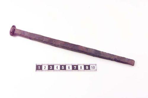 Bilden http://www.historiska.se/data/?bild=28777 som visar objektet http://mis.historiska.se/mis/sok/fid.asp?fid=107502